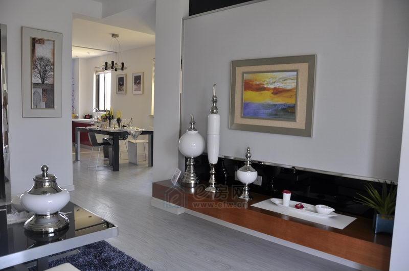 中富·美林湖样板房客厅图片照片