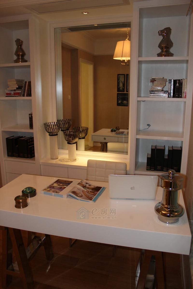 嘉友 水岸观邸样板房洗手间图片照片,无锡嘉友 水岸观邸样板间图片
