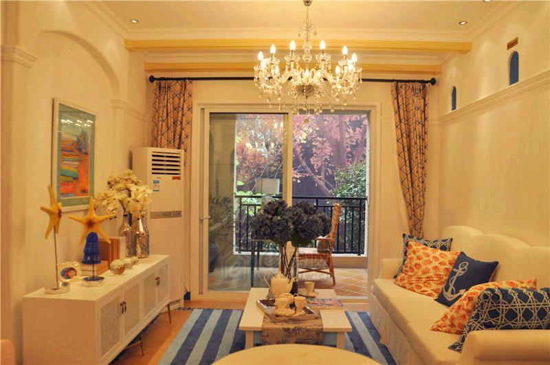 两室一厅一卫客厅图片