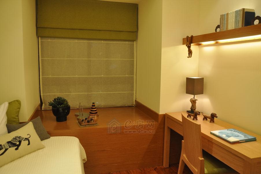 中城誉品样板房客厅图片照片